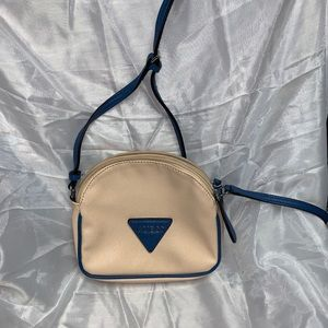 Beige and blue GUESS crossbody